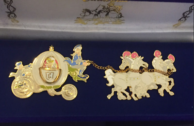 Disney Princess Cinderella Coach Carriage Horses Hinged Velvet Boxed LE Pin Set
