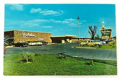 Holiday Inn Memphis Tennessee  Vintage Postcard Unposted 1950's Cars Parking Lot