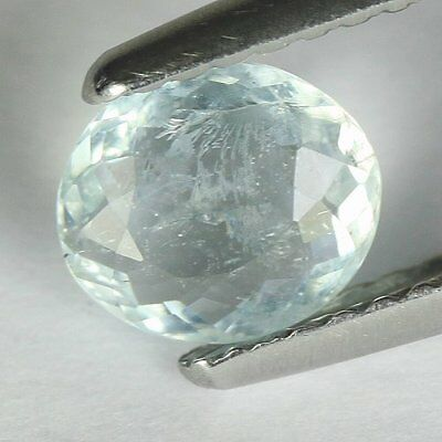 0.62 cts.6.7 x 5.9 mm.UNHEATED NATURAL  BLUE AQUAMARINE OVAL BRAZIL