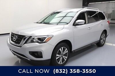 Nissan Pathfinder SV 4dr SUV Texas Direct Auto 2017 SV 4dr SUV Used 3.5L V6 24V Automatic FWD SUV