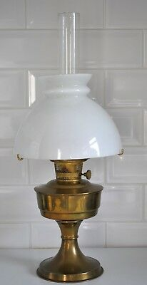 Aladdin 23 Oil Lamp With Clear Glass Aladdin Chimney - Cracked White Glass Shade