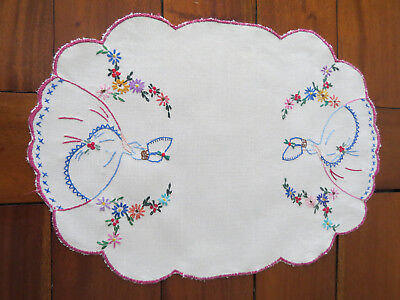 Gorgeous Embroidered Center Piece **Crinoline Lady** Doily..see photos...