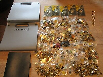 Over 900 MASSIVE JOB LOT NEW & VINTAGE CLUB CHARITY PIN BADGE BROOCH + FOLDERS