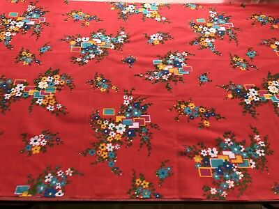 fab 1970s Vintage fabric,ideal for dressmaking or other crafts