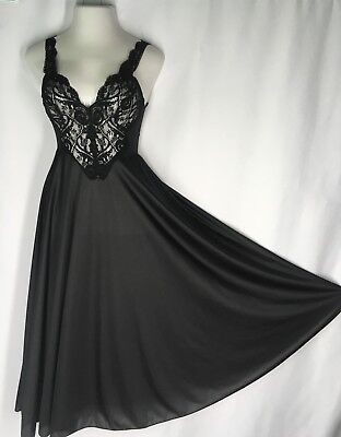 OLGA Large Sweep Long Nightgown Negligee 92770 M Medium Black Vintage