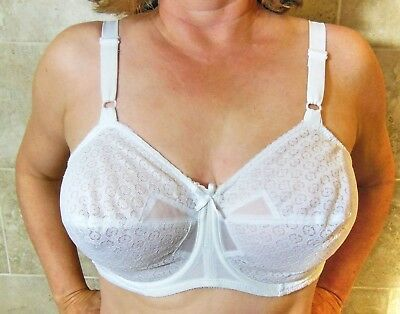 GREAT FIND!!! 1960s BALI SNO-FLAKE BOW BRA WHITE LACY POINTY UNDERWIRE 38D EVC