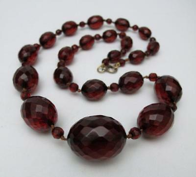 1920s ART DECO OVAL FACETED CHERRY AMBER BAKELITE BEAD NECKLACE 48.8 grams