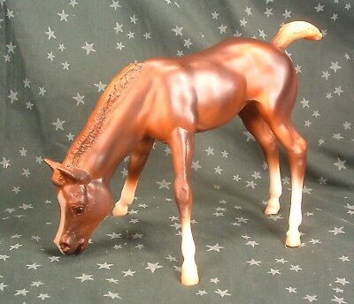 Breyer Horse Traditional #151 Grazing Foal