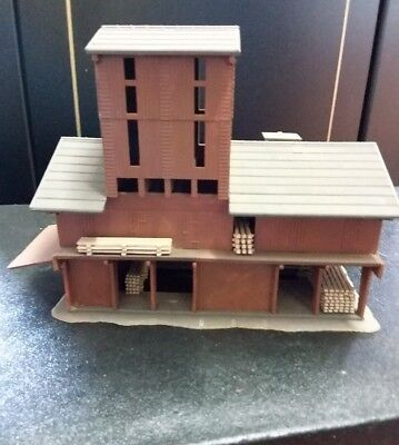 Pola N Scale Railway Lumber shed Used Vintage and *RARE*.