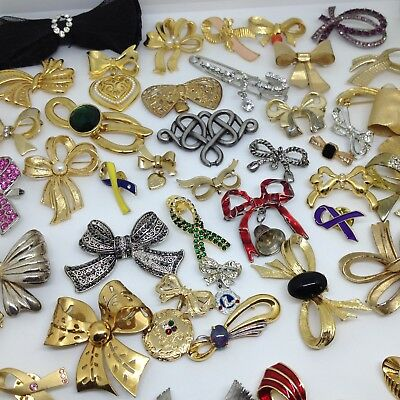 Huge Lot 50 Vintage RIBBON  BOWS  BROOCH PINS Brooches Rhinestone Enamel Jewelry