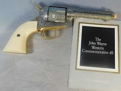 John Wayne Western 45 Revolver Replica The Franklin Mint  Non Firing