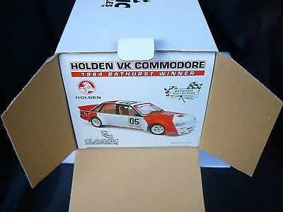 classic carlectables 1:18 Holden VK Commodore 84' Bathurst Winner