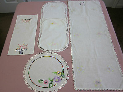 5 Pc Mixed Lot Vintage Floral Embroidered Doilies Doily Runners Cutter Lot