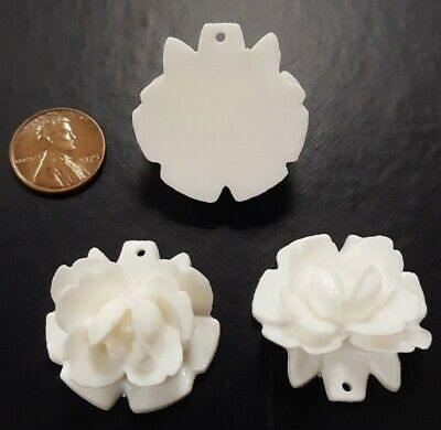 6 VINTAGE WHITE CARVED ROSE FLOWER 30mm. RESIN CAMEO FINDING BEAD PENDANTS 1018