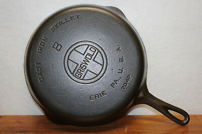 1930 No. 8 GRISWOLD large block ERIE PA 704 P CAST IRON SKILLET smooth bottom