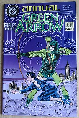 "DC Comics, ""Green Arrow"" 1988 Annual #1 , Great Condition"