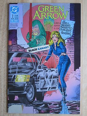 "DC Comics, ""Green Arrow"" 1988  # 7 , Great Condition"