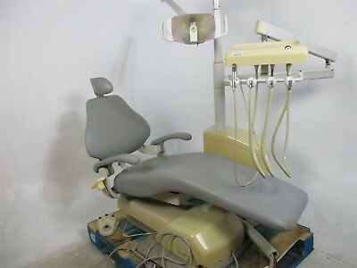 DentalEZ Dental Patient Exam Chair w/ Delivery System & Surgical Light