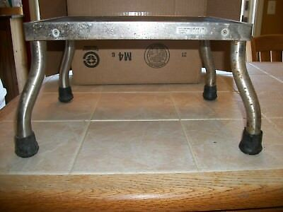 Vintage/Antique Foot Step Stool Metal Rubber Very Sturdy Medical Hospital