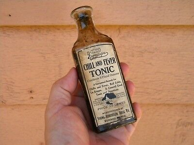 Vintage YOUNG'S CHILL & FEVER TONIC Labeled Medicine Bottle - WAYCROSS GA.