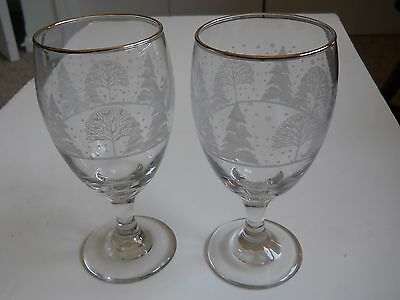 Pair 2 Libbey Arby's Winter Wonderland Frosty Snow Trees 16 oz Goblets Gold Trim