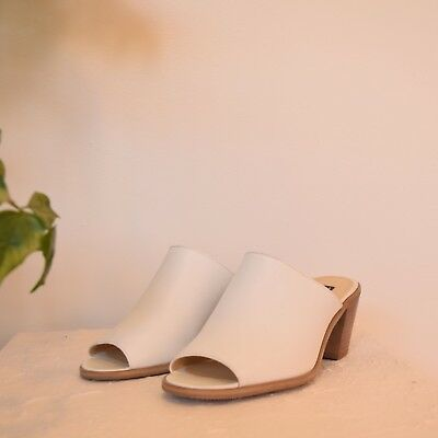 Vtg nwot white leather MINIMALIST slip on MADE IN BRAZIL babouche slides sz 6.5