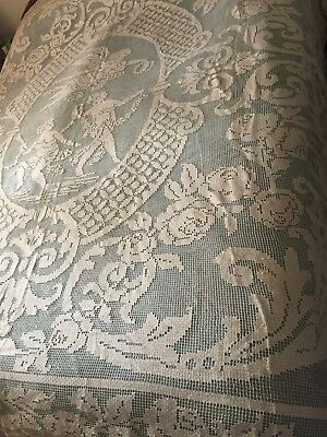 Beautiful Anrique Handmade Filet Lace Tablecloth