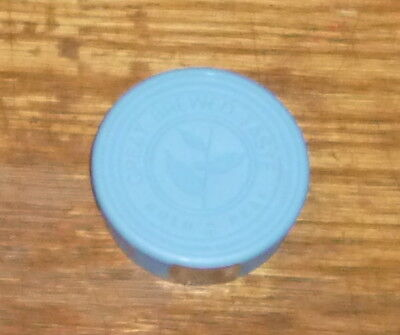 112  GOLD PEAK TEA BLUE PLASTIC BOTTLE CAPS  approx. 3 inches round   used