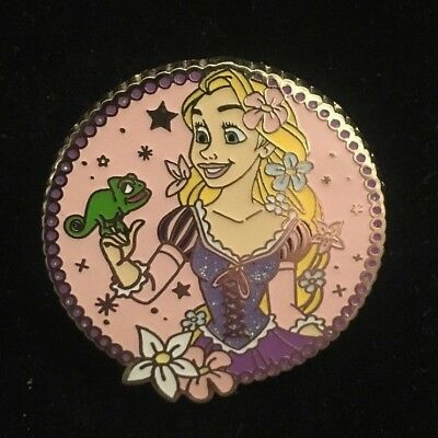 Disney Dlp Princess Rapunzel With Pascal From Booster Set 2