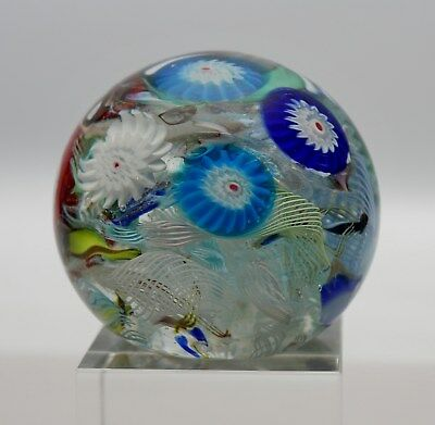 Murano Paperweight Millefiori Canes on Lace, mit Label