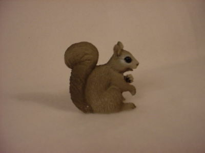 GRAY SQUIRREL resin Figurine TiNY ANIMAL HAND PAINTED MINIATURE Mini Collectible