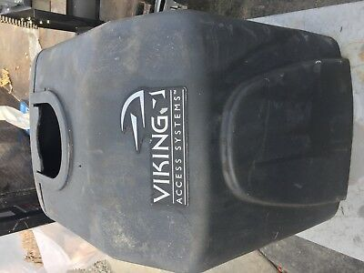 Viking Access Gate Opener Solar R-6   New but part missing