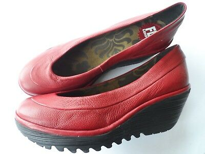 0cdfeed5ae51 Fly London Brand New Yoko Red Leather Wedge Heel Court Shoes-Sz 6 Uk