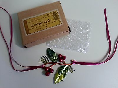 Longaberger Christmas / Ornament Basket Tie On Holly Berry Metal Napkin Ring New