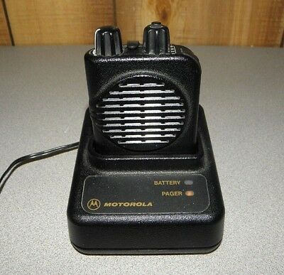Motorola Minitor IV (4) A04KUS9239AC UHF Stored Voice Pager 470-475 Mhz.