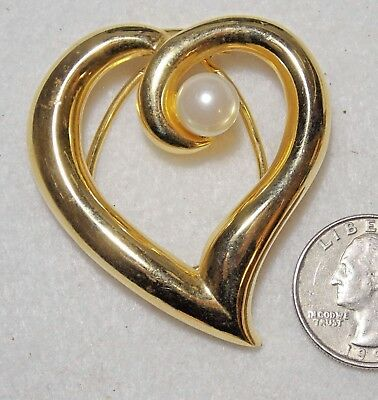 """Vintage Openwork Heart & White Faux Pearl Scarf/Accessory Clip, Goldtone 2.25"""""""