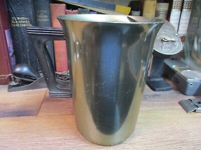 "7 1/2"" VINTAGE Aluminum green-WATER PITCHER SERVING MILK ICE LIP 2QT METAL USED"