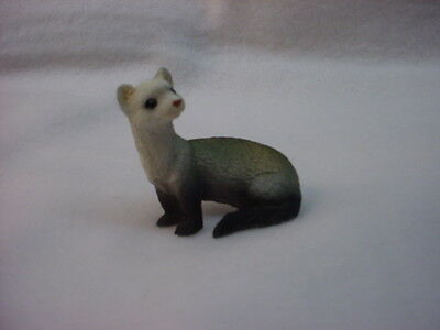 FERRET pet TiNY ANIMAL Figurine HAND PAINTED resin MINIATURE Mini COLLECTIBLE