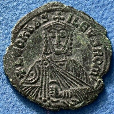 Leo VI the Wise. 886-912 AD. Æ 25mm. Follis Constantinople mint.