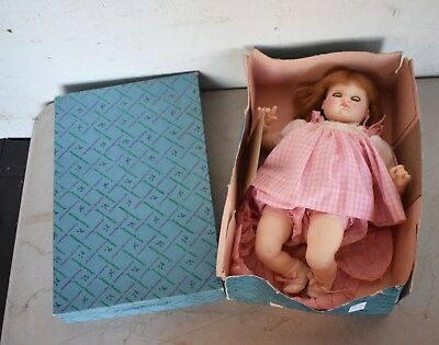 Beautiful! Vintage Madame Alexander Puddin Doll #3930 W/outfit, Orig. Box