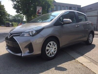 Toyota Yaris 1500cc Hybride/an2015/85000km/boite automatique/camera/clim/ct ok
