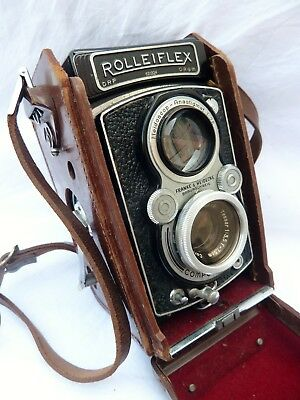 Vintage Rolleiflex TLR Camera with Carl Zeiss Tessar Lens NO RESERVE.