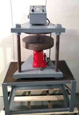 18 Inch Vulcanizer makes Spin Casting Rubber Molds Hydraulic Press Autoclave