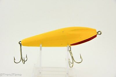 Vintage Wilson Fluted Wobbler Antique Fishing Lure Yellow & Red Flutes 2T CC3
