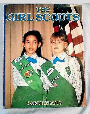 THE GIRL SCOUTS by Carolyn Soto, 1987 Pictorial Coffee Table BOOK CHRISTMAS GIFT