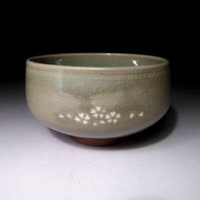 GN8: Vintage Japanese Celadon Tea Bowl, Kyo ware, Cherry blossom