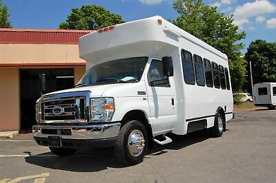 Very Nice 15 Person Including The Driver Mini Bus Cdl Not Required...unit 5636T