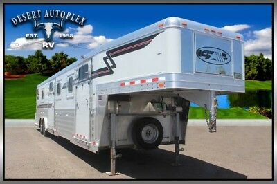 2008 4-Star 7-Horse Trainers Trailer