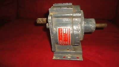 Dayton Gear Reducer Model# 4Z503 Ratio 13 to 1 output toque 175 in. lb