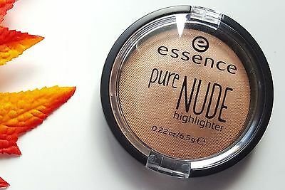 New ESSENCE Pure Nude Highlighter Be My Highlight #01 0.23 OZ.